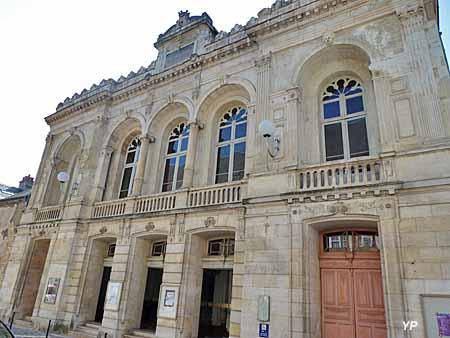 Théâtre municipal Jacques-Cœur