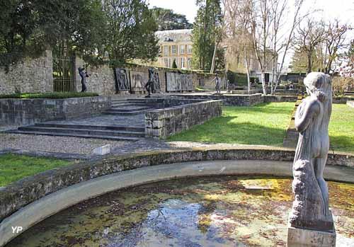 Jardin des bronzes de la Fondation de Coubertin