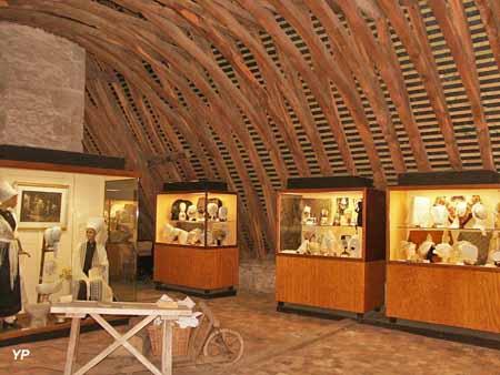 Château-Musée des coiffes et des traditions