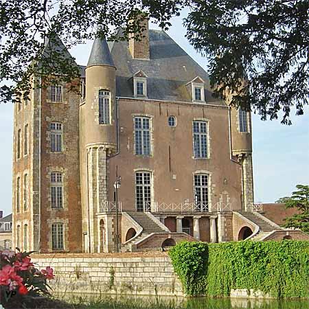 Château de Bellegarde (château des l'Hospital)