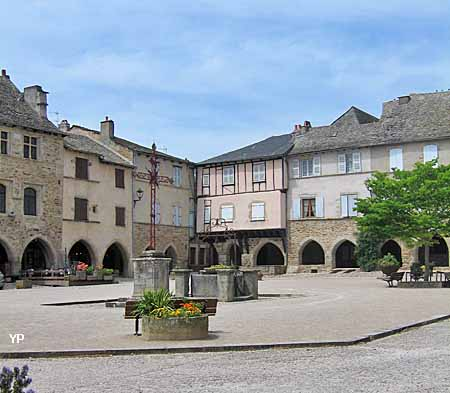 Bastide - place des Arcades
