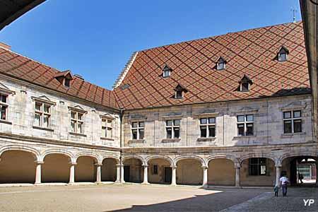 Musée du Temps - palais Granvelle