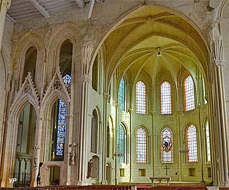 Eglise Saint-Mathurin - choeur et chapelle de la Vierge