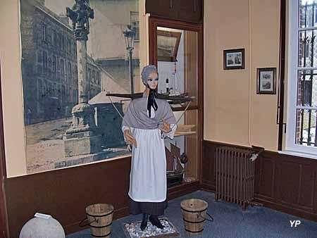 Musée du Vieux Tréport - porteuse d'eau