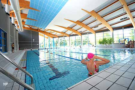Centre nautique aquavall es bassemberg for Bassemberg piscine