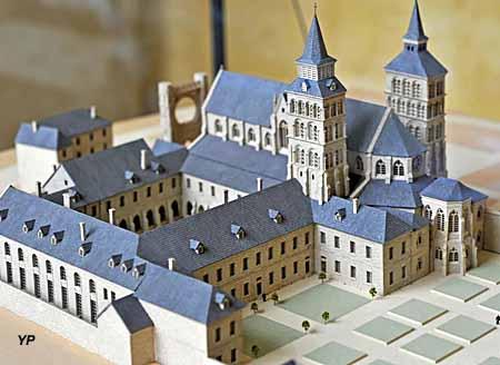 Maquette de l'abbaye de Saint Corneille avant la Révolution
