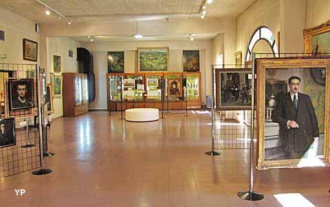 Musée Municipal d'Archéologie et de Peinture - salle Peinture