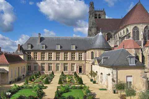 Jardin de l'orangerie de l'Archevêché