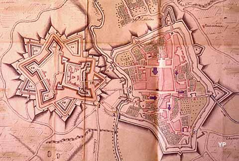 Doullens, plan du XVIIIe siècle