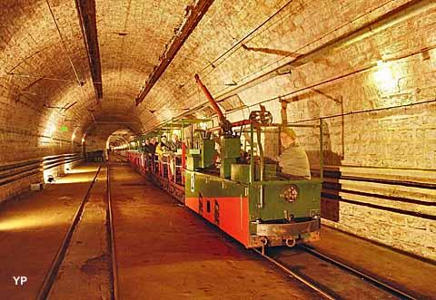 Ouvrage Maginot du Hackenberg - petit train
