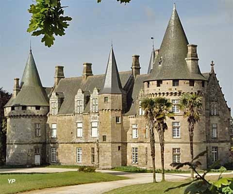 Château de Bonnefontaine - façade est
