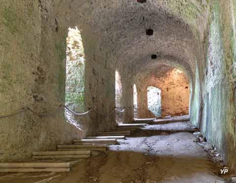 Château d'Apremont - voûte-cavalière