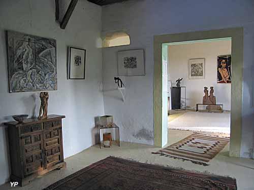 Maison d'Art Bourgogne du Sud et Jardin de Sculptures