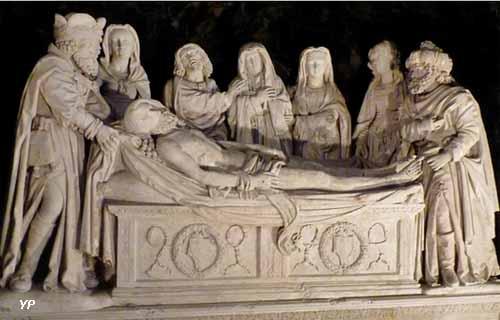 Ancien couvent de l'Annonciade - Mise au Tombeau (ensemble sculpté, 2e quart 16e siècle, attribuée au Maître de Biron)