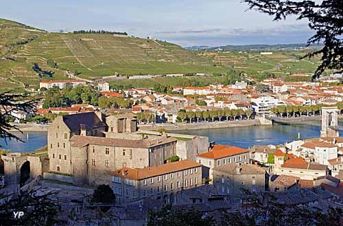 Château des comtes de Tournon - musée du Rhône
