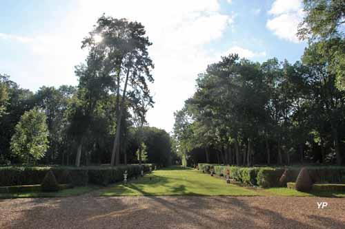 Château et Parc de Villeprévost