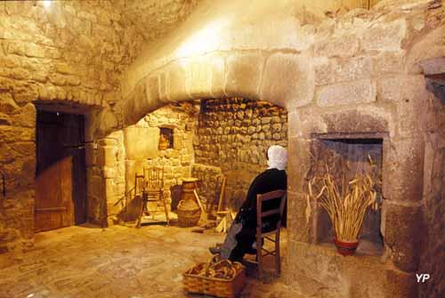 Château de Désaignes - cuisines