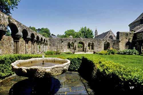 Abbaye de Daoulas - cloître