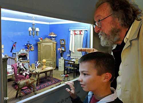 Académie des Miniatures et des Petits Goûters