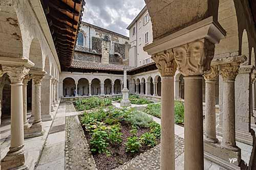 Musée du Cloître Saint-André-le-Bas
