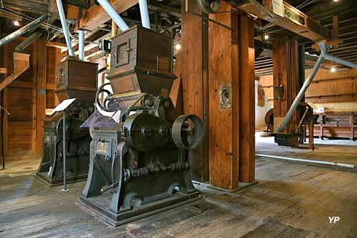 Moulin de Maupertuis - broyeurs