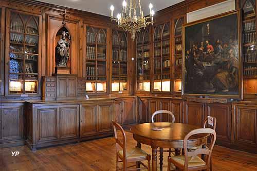 Bibliothèque de la collégiale