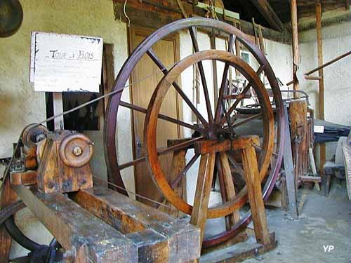 Ecomusée du Pays d'Auzon - tour à bois