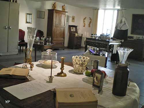 Apothicairerie et musée de la Maison de Retraite