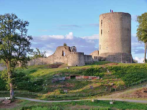 Afbeeldingsresultaat voor Le site médiéval de Bridiers
