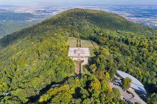 Historial franco-allemand et monument national du Hartmannswillerkopf (le Vieil Armand)