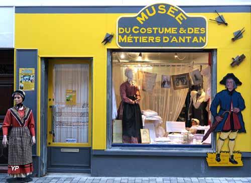 Musée du Costume et des Métiers d'antan