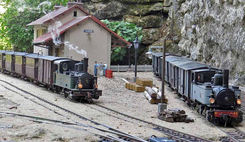 Trains au départ à Soue