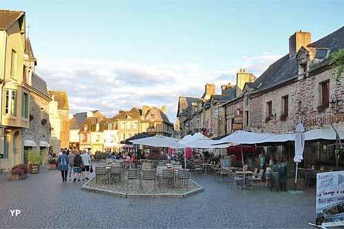 Visite de Malestroit - place du Bouffay