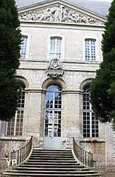 Abbaye de Saint-Riquier - musée départemental (Yalta Production)