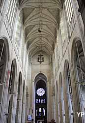 Église Saint-Gervais Saint-Protais (Yalta Production)