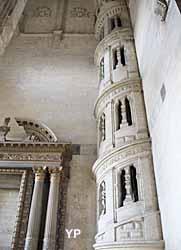 Église Saint-Gervais Saint-Protais - escalier à vis Renaissance