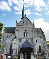 Eglise Saint-Sauveur du Petit Andely (Yalta Production)