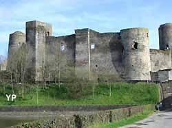 château de Pouancé (Yalta Production)