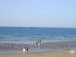 plage d'Arromanches (doc. Yalta Production)