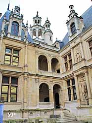 Hôtel d'Escoville