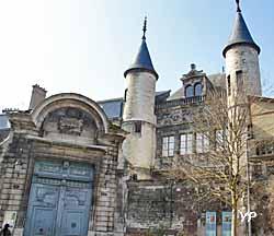 Hôtel de Vauluisant - Musée d'Art troyen - Musée de la Bonneterie (Yalta Production)