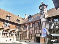 Hôtel de Mauroy - Maison de l'Outil et de la Pensée Ouvrière