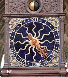 Cathédrale Saint-Cyr-et-Sainte-Julitte - horloge