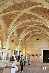 Château de la Roche-Guyon - exposition dans les communs