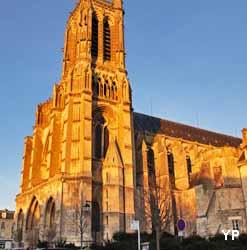 Cathédrale Saint-Gervais-et-Saint-Protais