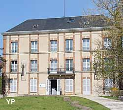 Musée Paul Dubois - Alfred Boucher (Yalta Production)