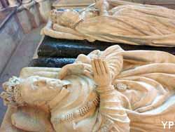 basilique cathédrale Saint-Denis - gisants d'Henri II et Catherine de Medicis