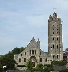 église Saint-Laurent à Beaumont-sur-Oise (Yalta Production)