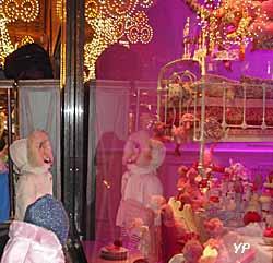 Galeries Lafayette Haussmann - vitrines animées de Noël