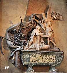 Eglise Saint Sulpice - monument funéraire de Jean-Baptiste Joseph Languet de Gergy, curé de la paroisse de Saint-Sulpice (Michel-Ange Slodtz)